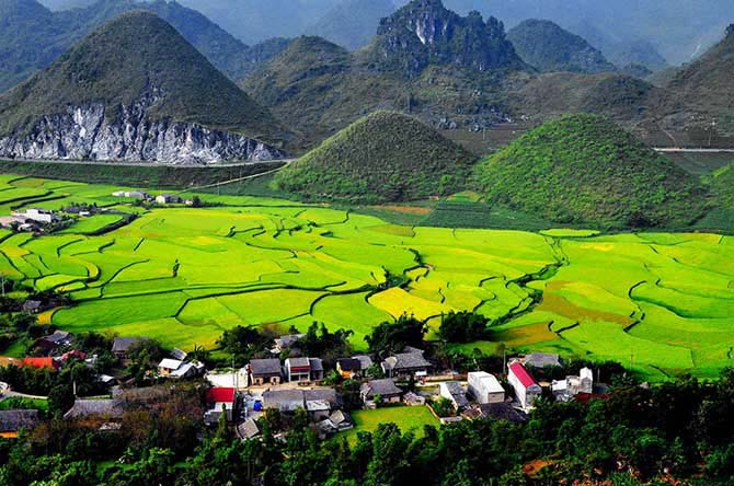 5 days 4 nights Ba Be Lake - Ha Giang Tour
