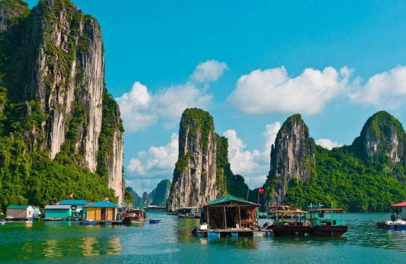 Halong Bay 1 Day – 4 Hours On Boat