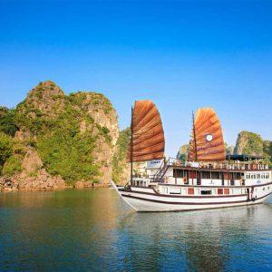 Bai Tu Long Bay Cruise – Garden Bay Premium Cruise