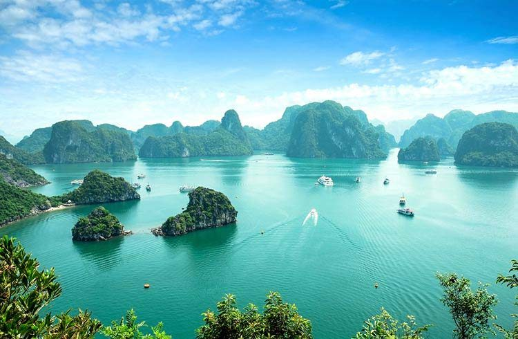 Halong Bay Tour 1 Day - 5,5 Hours On Boat
