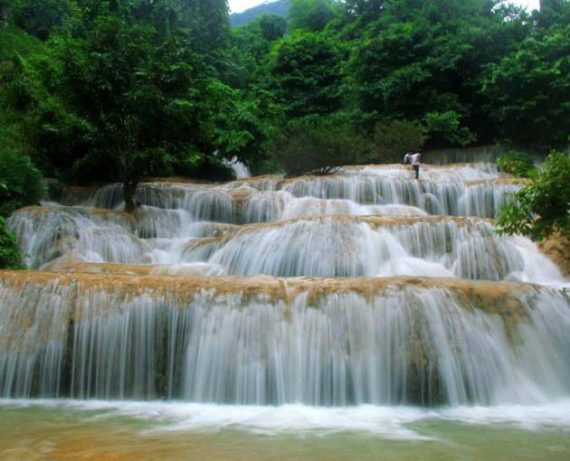 Pu Luong Nature Reserve - Hieu Waterfall 3D2N