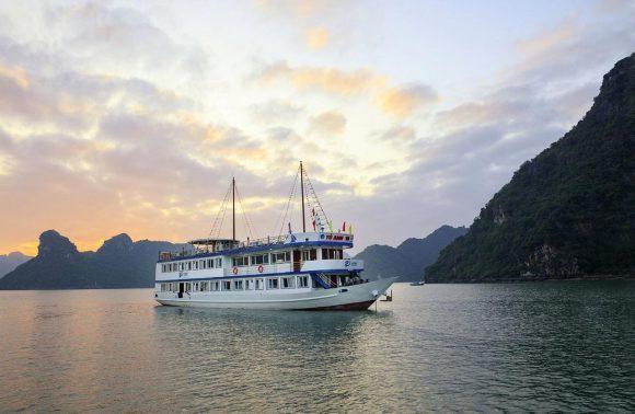 Lan Ha Bay Cruise – La Paci Cruise