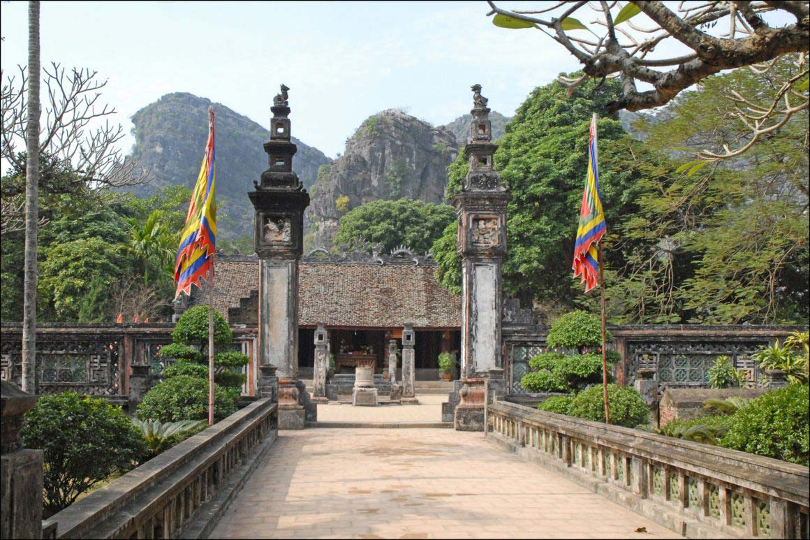 Hoa Lu - Tam Coc - Mua Cave 1 Day