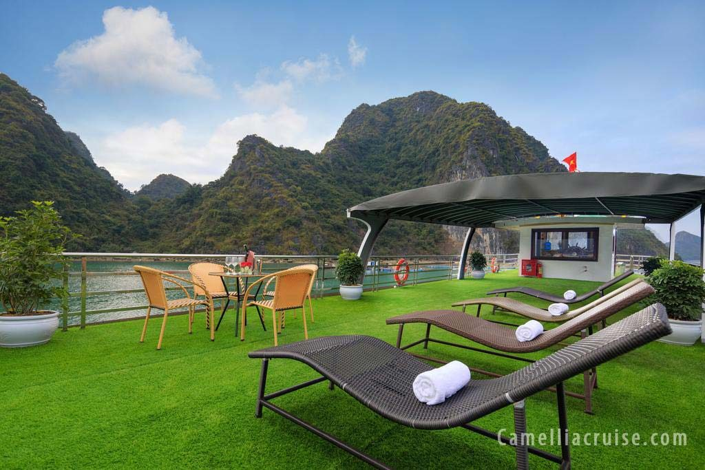 Lan Ha Bay Cruise - Camellia Cruise
