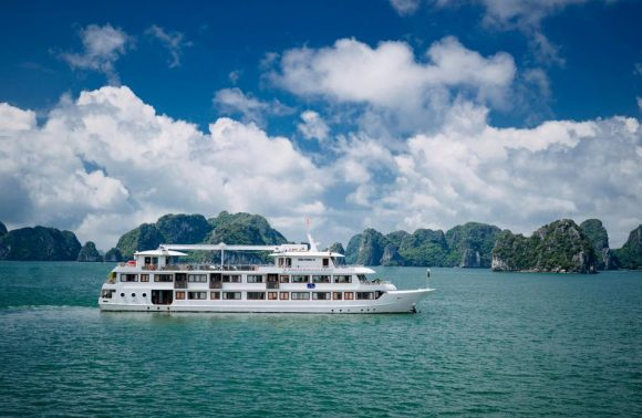 Bai Tu Long Bay Cruise – Athena Royal Cruise