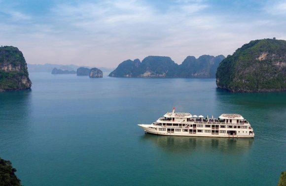 Bai Tu Long Bay Cruise – Athena Luxury Cruise