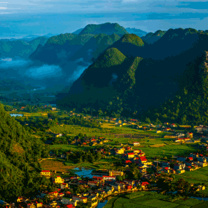 Vietnamese destinations that carry a year-end glow