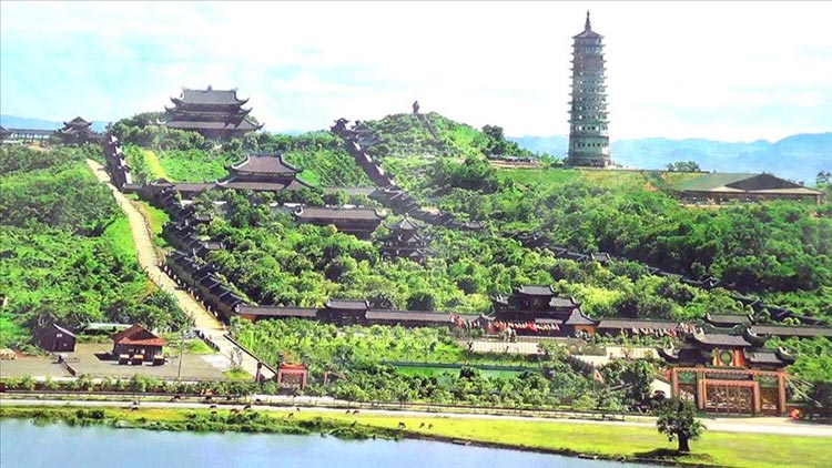 Bai Dinh - Trang An - Mua Cave 1 Day Small Group Tour By Limousine Bus