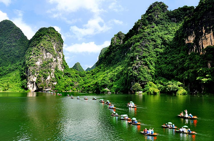 Bai Dinh - Trang An 1 Day Small Group Tour By Limousine Bus