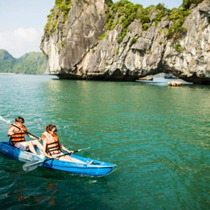 Halong Bay Weather: Best time to visit for great weather and low price