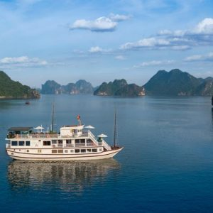 Halong Bay Cruise – Flamingo Cruise