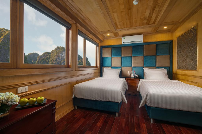 Lan Ha Bay Cruise - Maya Cruise