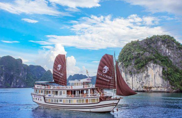 Bai Tu Long Bay Cruise – Viola Cruise