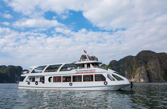 1-Day Explore Halong Bay With Alova Premium Cruise