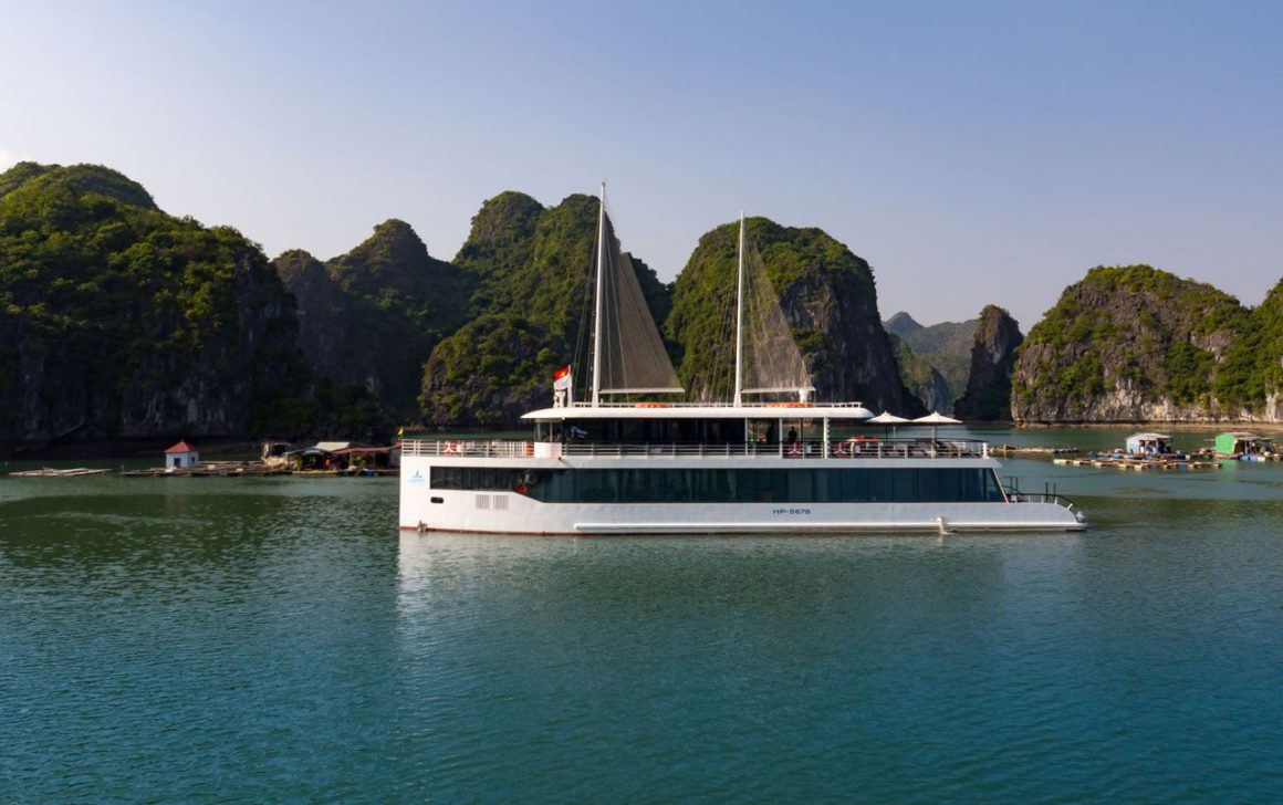 Jade Sails Cruise - The most luxurious day cruise in Halong Bay