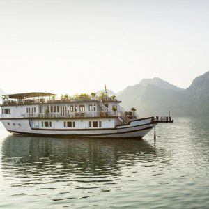 Halong Bay Cruise – Majestic Cruise