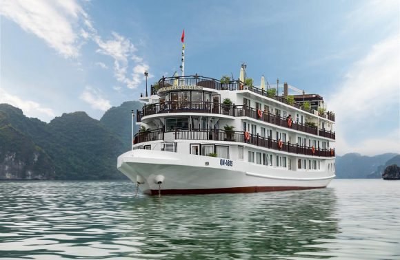 Halong Bay Cruise – Margaret Cruise